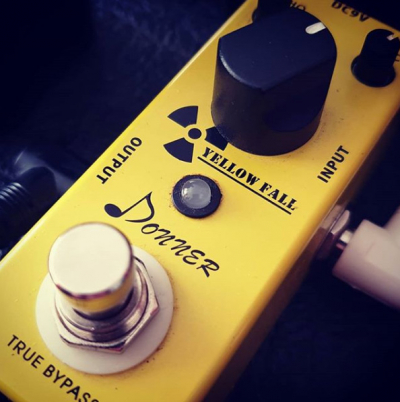 Donner Yellow Fall Analogue Delay